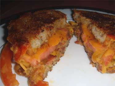 Bacon, Cheddar, and Tomato, Grilled Cheese Sandwich, Plated Picture
